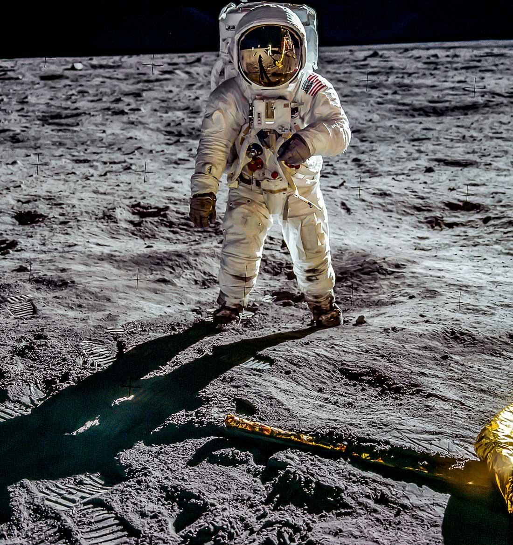 Apollo_11_0532