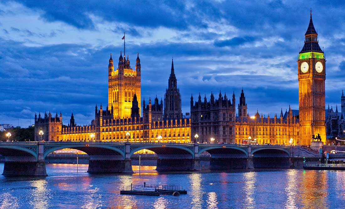 Evening photo of Parliament and Big Ben.