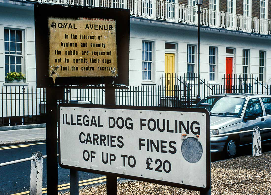Cleanup sign for Dog Owners.