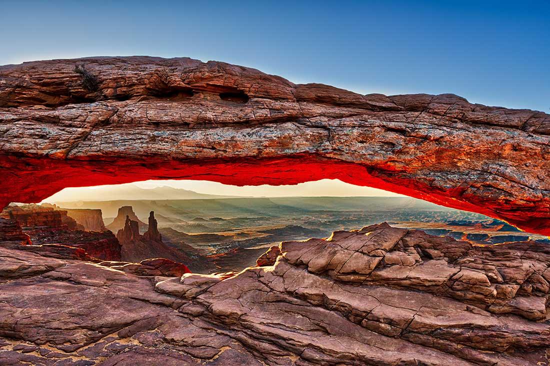 Sunrise at the Mesa Arch in Canyonlands, Utah.